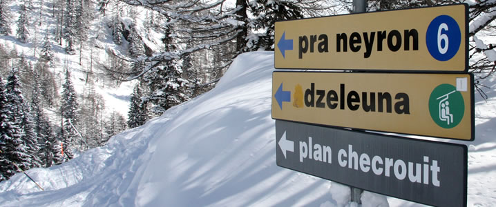 Courmayeur piste sign